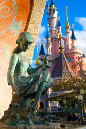 Fantasyland: Cinderella Brunnen
