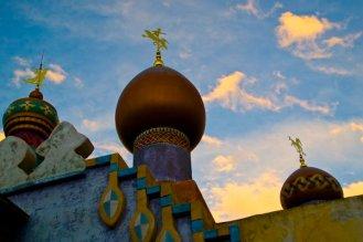 Adventureland Bazar im Abendlicht
