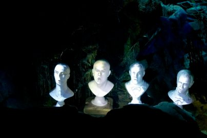 Phantom Manor: Geister im Chor
