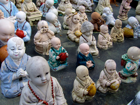 Kleinere Buddhas, Beomeosa, Südkorea