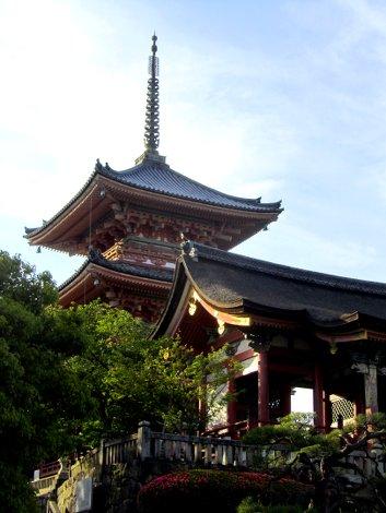 Pagoden im Morgenlicht - Kiyomizu-dera Tempel, Kyoto