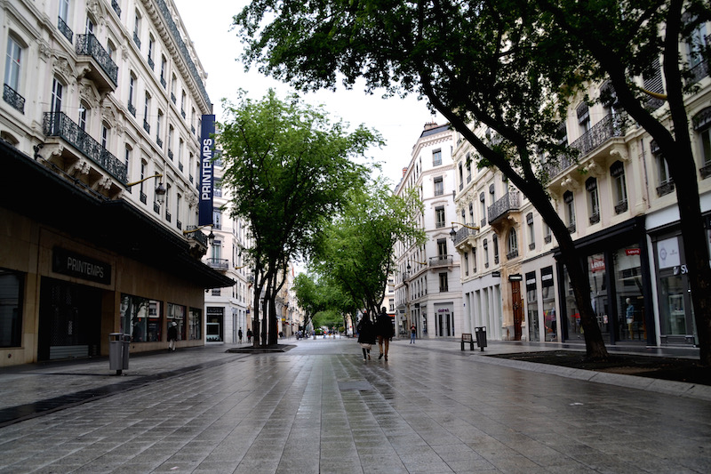 Der Einkaufsboulevard von Lyon an einem Sonntag: fast verlassen