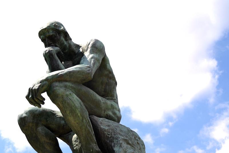 Paris-Impressionen: die Statue Der Denker von Rodin