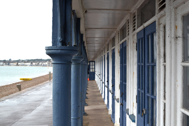 Private Räume, leicht in die Jahre gekommen, direkt am Strand von Weymouth