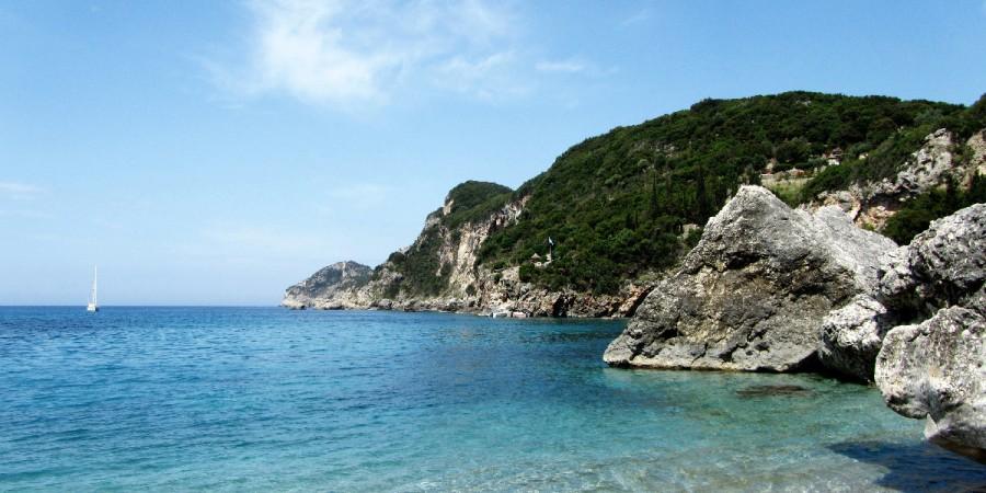 Allein am Strand auf Korfu