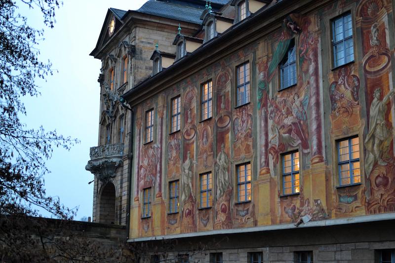 Das Alte Rathaus der Stadt Bamberg ist reich verziert