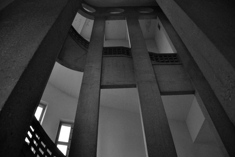 Auch die klaren Linien der 20er Jahre Architektur verblüffen im Deutschen Museum