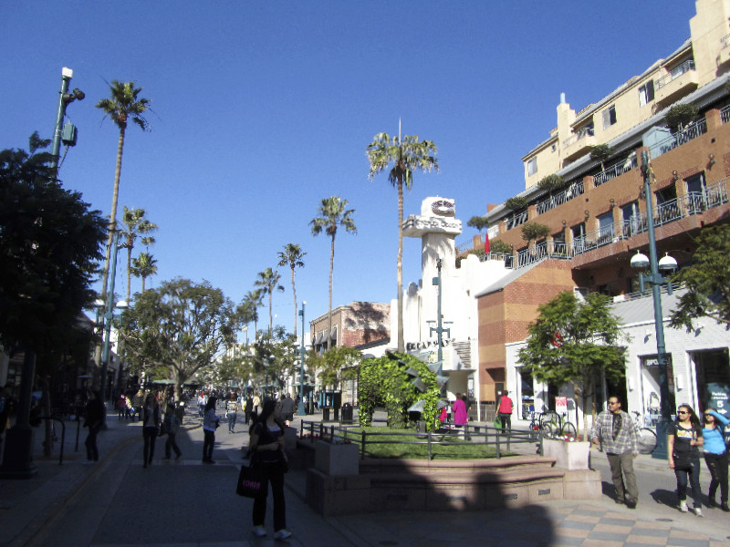 Shopping in Santa Monica