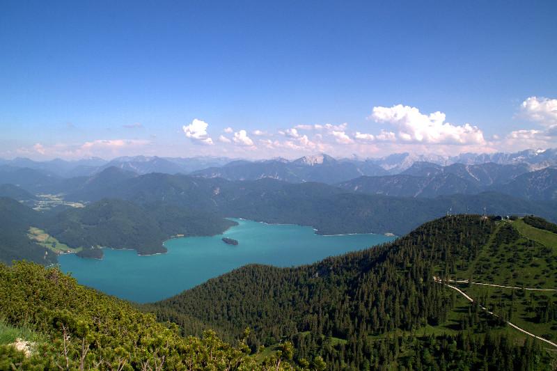 Panorama vom Gipfel des Herzogstands mit Walchensee