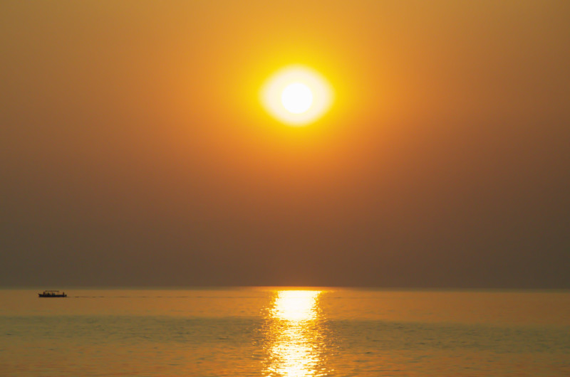 Goldenes Licht am Lake Malawi
