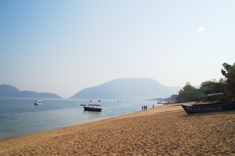 Der Strand von Cape Maclear, Lake Malawi
