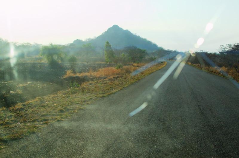 Auf den guten Straßen in Malawi