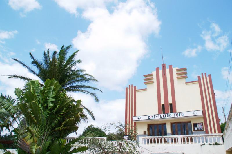 Das hübsche Art-Deco-Kino von Inhambane, Mosambik