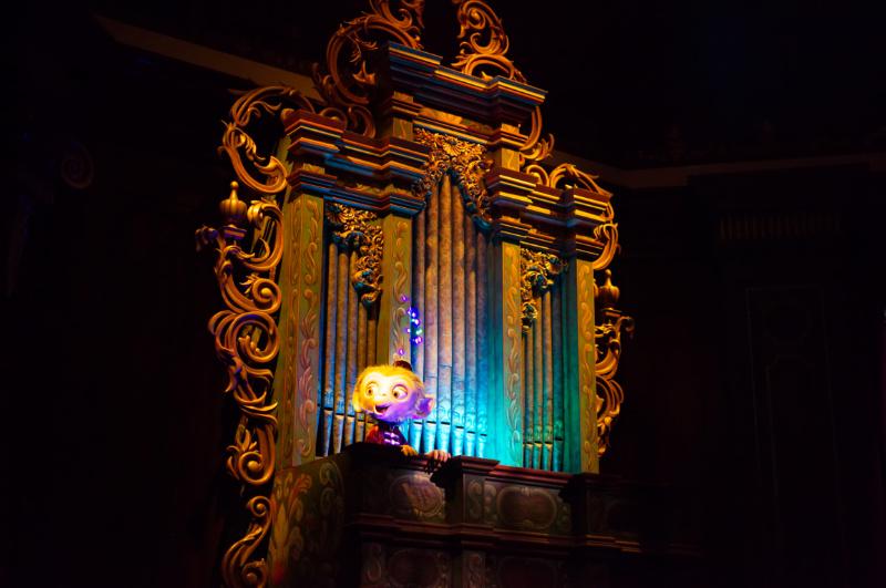 Äffchen Albert in Mystic Manor, Hong Kong Disneyland