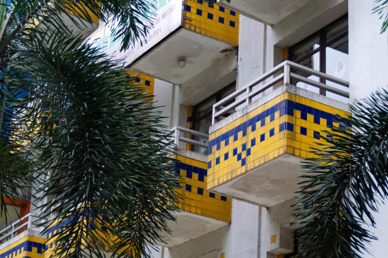 Macau: Art Deco Balkone