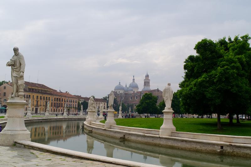 Padua: der riesige Prato della Valle