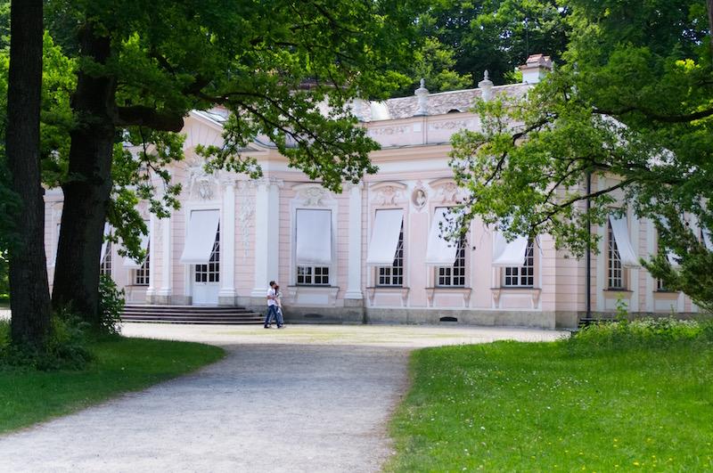 Die hübsche Badenburg im Schlosspark Nymphenburg