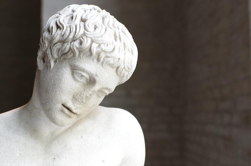 Glyptothek in München: Statue eines Jünglings mit abgebrochener Nase