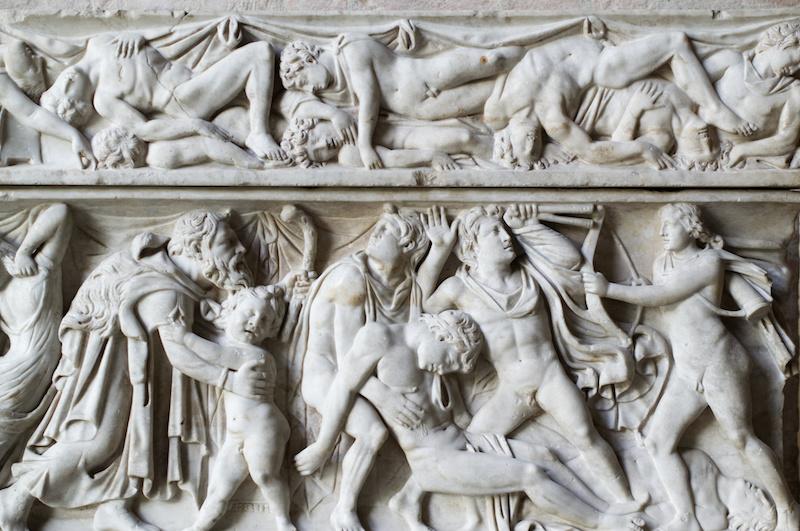 Glyptothek in München: Relief auf römischen Sarkophag