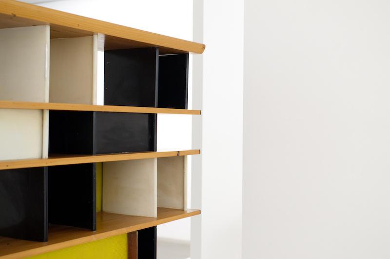 Pinakothek der Moderne: Design eines Regals