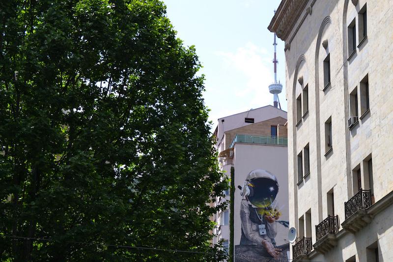 Astronauten-Streetart in Tiflis