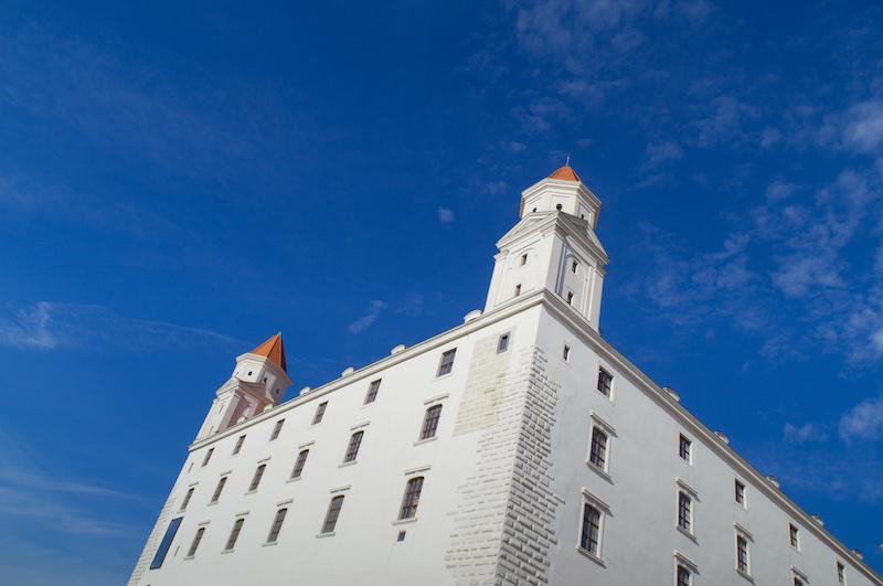 """Die strahlendweise """"Pressburg"""", die alte Burg von Bratislava"""