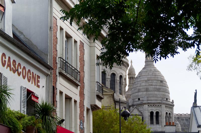 Die Kuppeln von Sacre Coeur in Paris