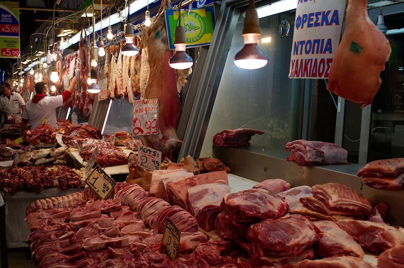 Fleisch in der Markthalle von Athen