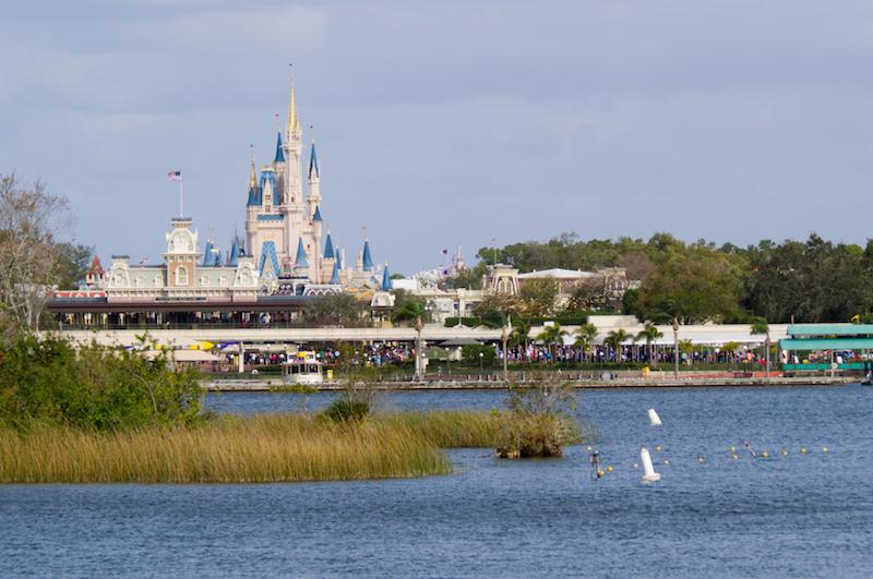 Anfahrt zum Magic Kingdom in Walt Disney World mit der Fähre