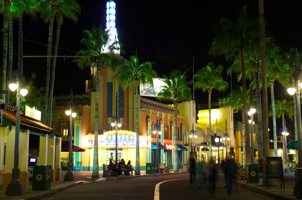 Sunset Boulevard in Disney's Hollywood Studios bei Nacht