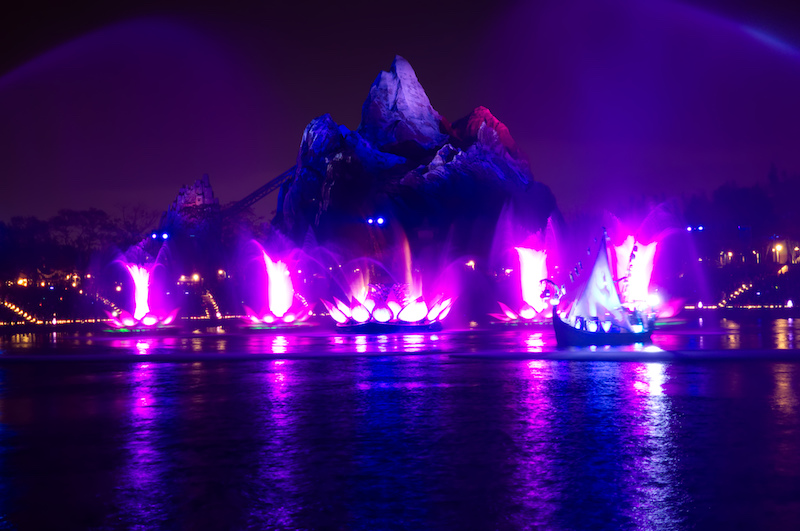 Rivers of Light vor Expedition Everest in Disney's Animal Kingdom