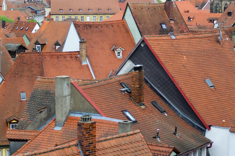 Die mittelalterlichen roten Ziegeldächer von Bamberg