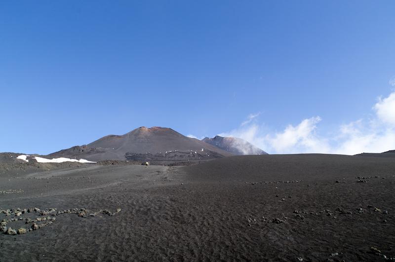 Zwei Vulkankegel auf dem Ätna
