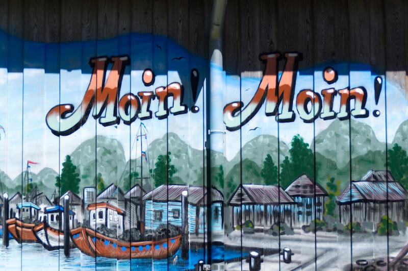Wandbemalung mit Moin Moin