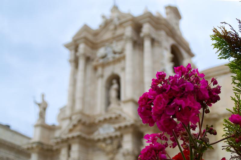 Die Kathedrale von Syrakus von Außen