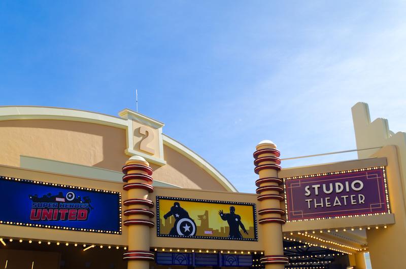 Das Studio Theater mit der Marvel Show
