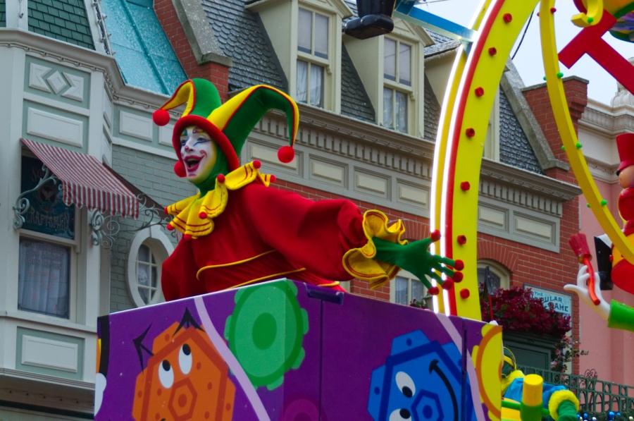 Disney's Weihnachtsparade mit Clowns