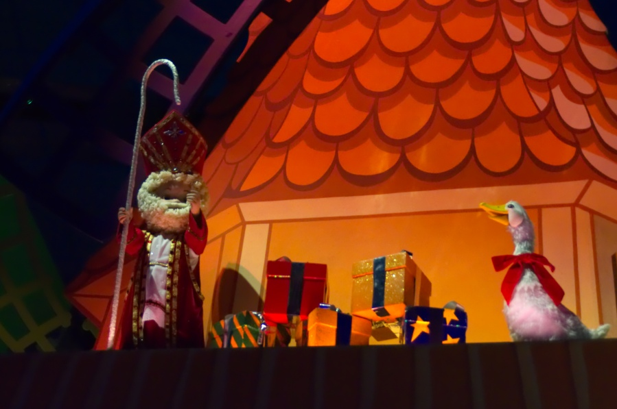 Sankt Nikolaus in it's a small world