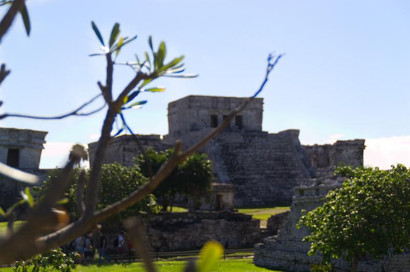Der Haupttempel der alten Maya-Stadt Tulum