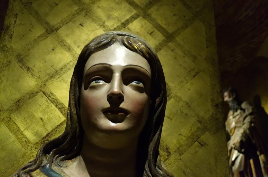 Madonnen-Statue