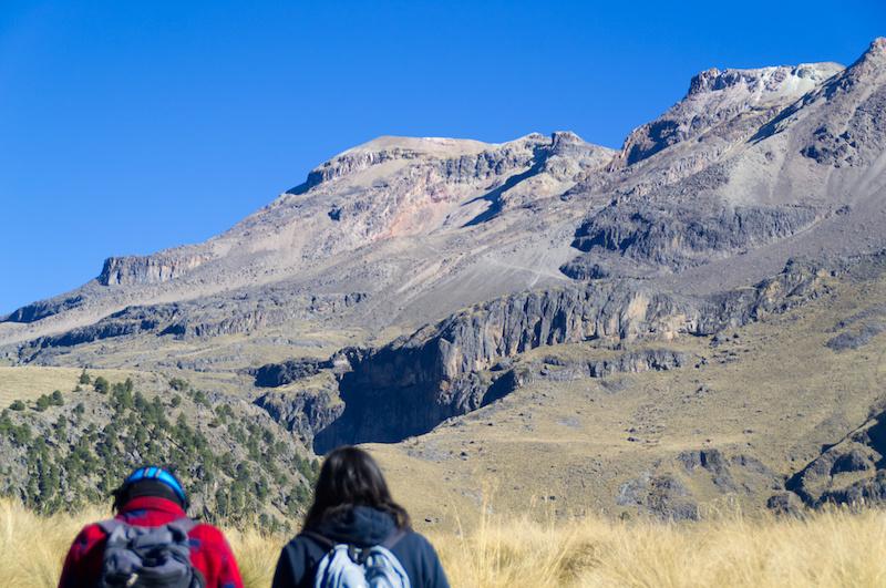 Auf Wanderung am Iztaccihuatl