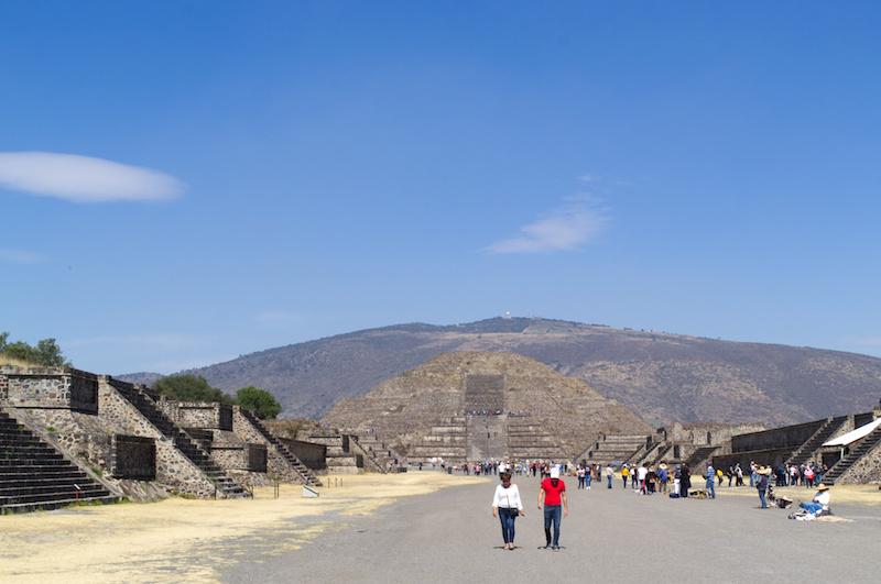 Tausende von Menschen müssen einst die Prachtstraße von Teotihuacan bevölkert haben