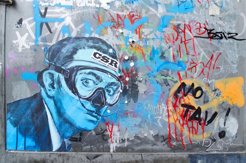 Streetart mit blauem Dali