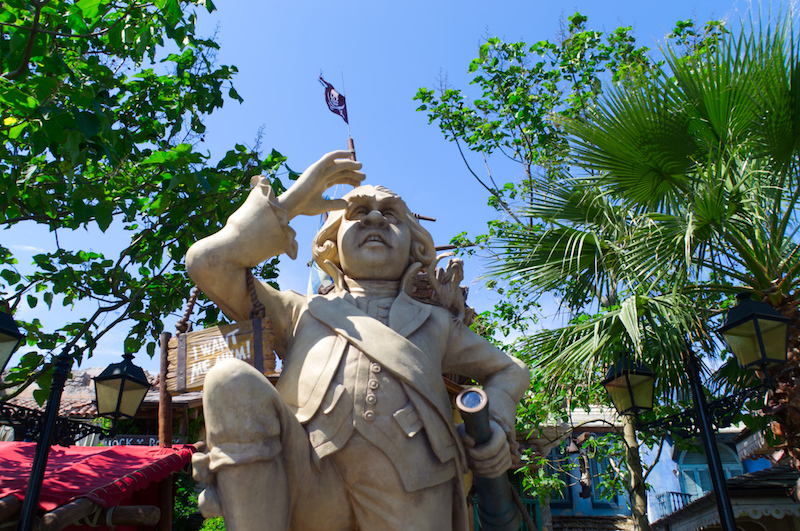 Statue in Treasure Cove