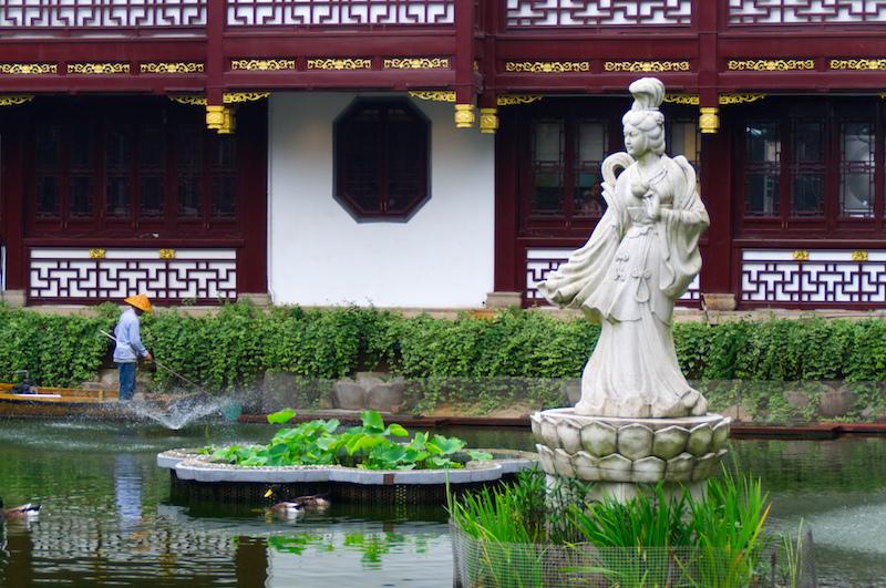 Vor den Yuyuan Gärten