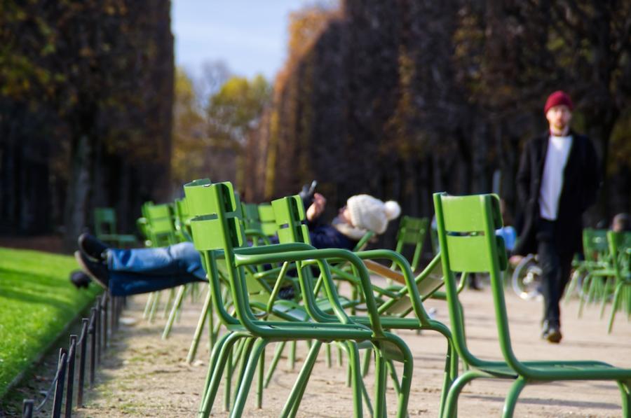 Grüne Stühle im Jardin de Tuileries