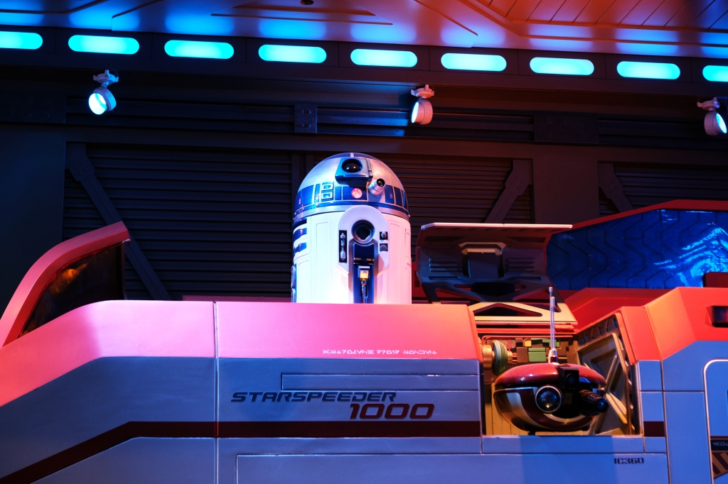 R2-D2 in Star Tours