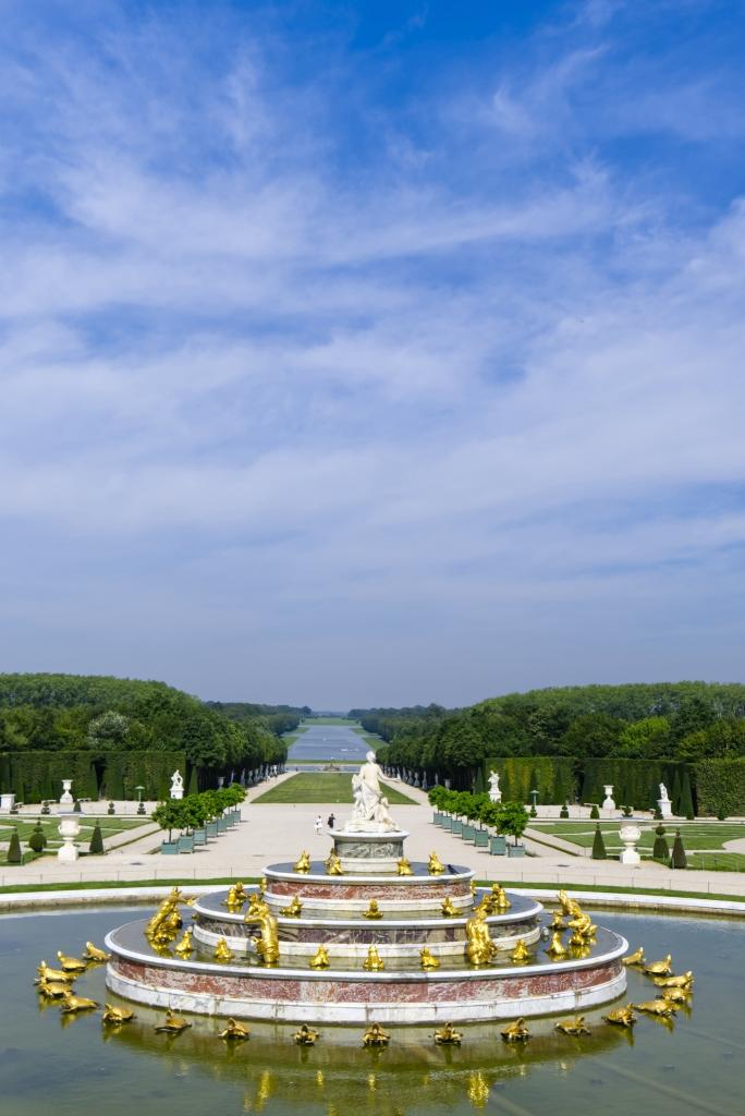Der weite Blick in den Gärten von Versailles